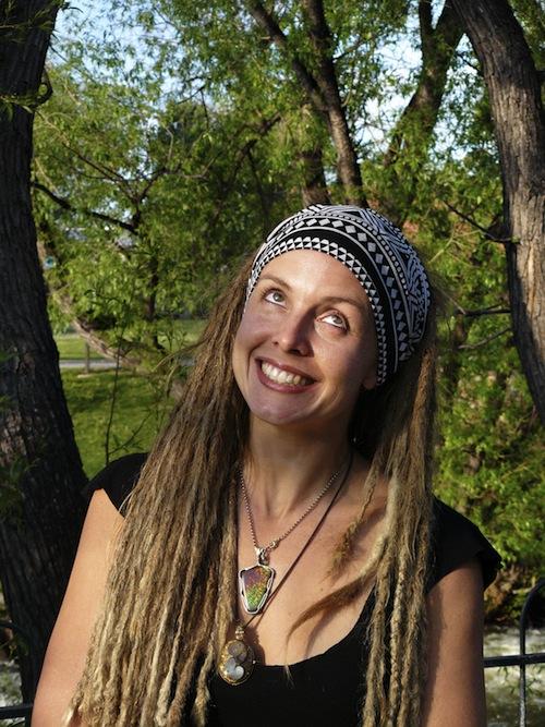 Amanda Sage (Portrait)